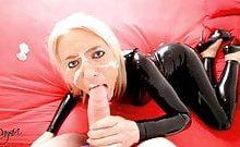 Blonde 3Loch Latexstute